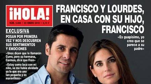 Fran y Lourdes presentan a su hijo y Kiko Hernández se convierte en 'cura'
