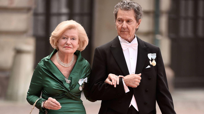 Walther y su esposa, Ingrid, en la boda de Carlos Felipe y Sofía. (Getty)