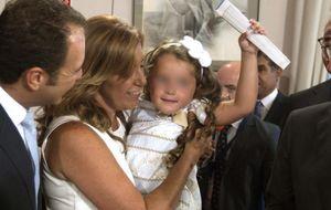 Mileurista, costalero y bético: así es José María Moriche, el marido de Susana Díaz