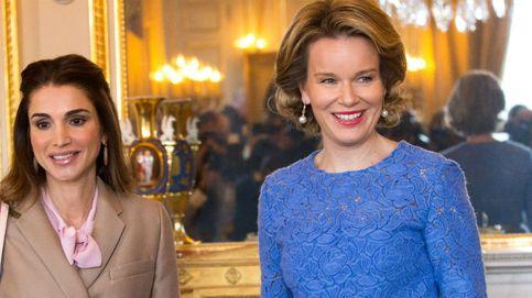 El deslucido encuentro (estilístico) de la reina Rania de Jordania y Matilde de Bélgica