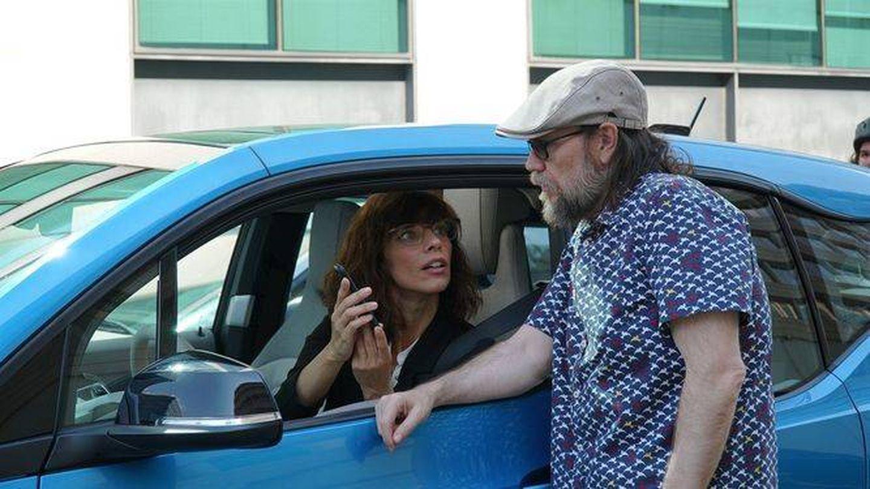 Maribel Verdú y Santiago Segura, en 'Sin rodeos'.