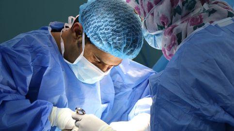Pide 60.000 € a un hospital de Murcia por equivocarse de rodilla y operarle la sana
