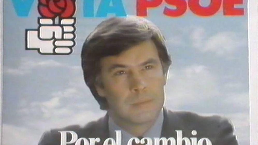 Foto: Una imagen de la campaña electoral de Felipe González. ('El hombre que diseñó España')