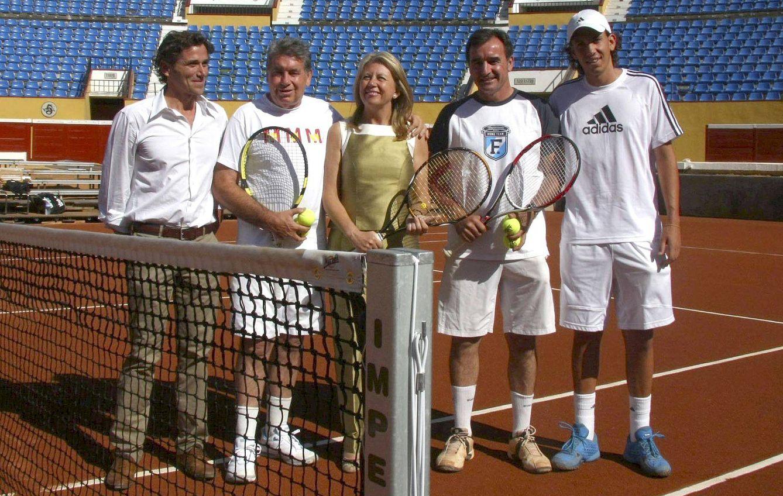 La anterior alcaldesa de Marbella, Ángeles Muñoz, durante un partido de Copa Davis celebrado en Puerto Banús en 2009. (EFE)