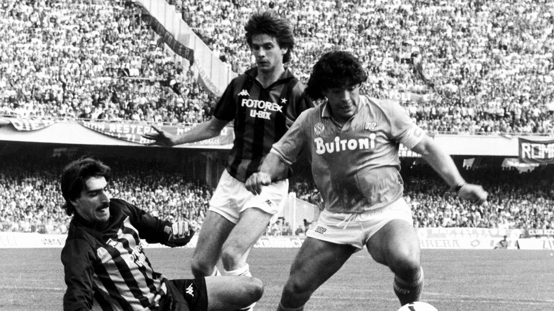 Maradona, durante su etapa en el Nápoles. (EFE)