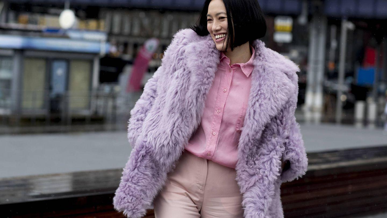 Tu abrigo de peluche en lila. (Imaxtree)