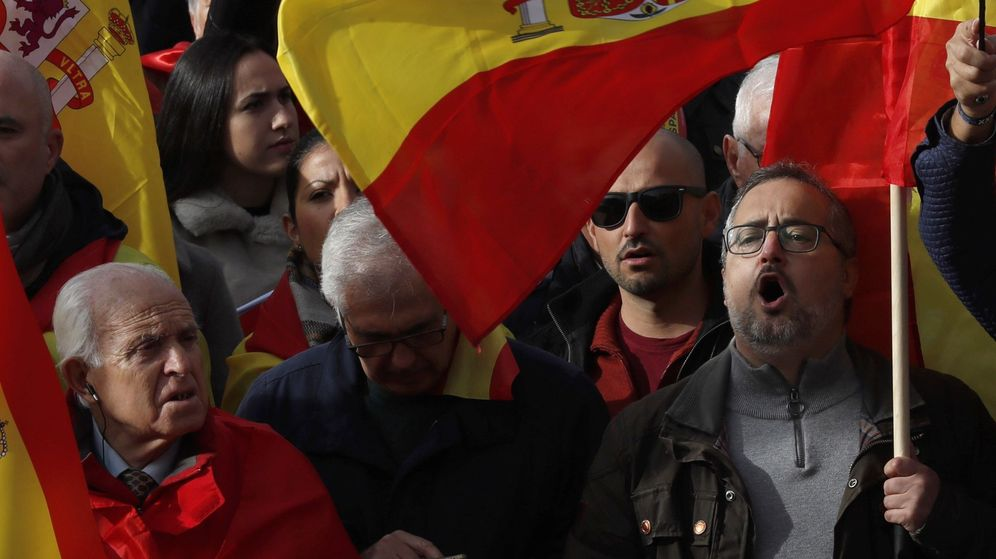 Foto: Manifestación reciente de la fundación Denaes en Madrid, a la que se sumó Vox. (EFE)