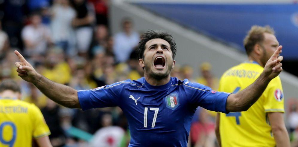 Foto: Eder marcó a última hora el gol que le dio el triunfo a Italia frente a Suecia (EFE)