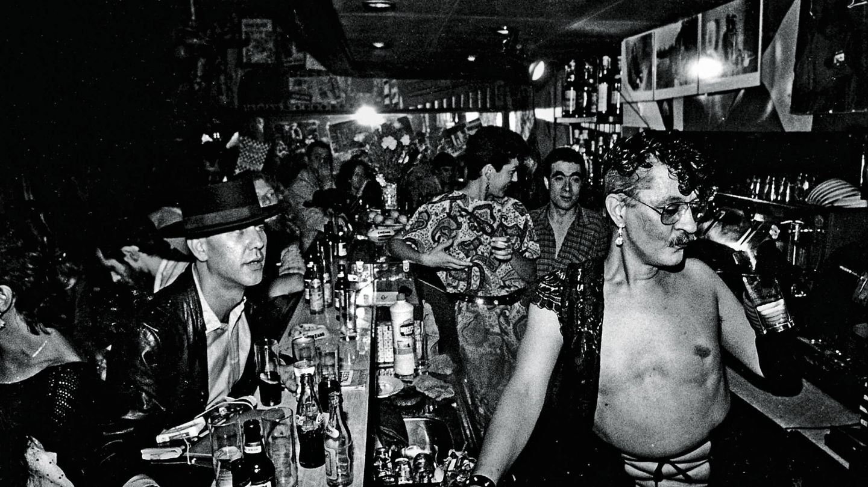 Nazario en el Bar Kike (Marta Sentís)