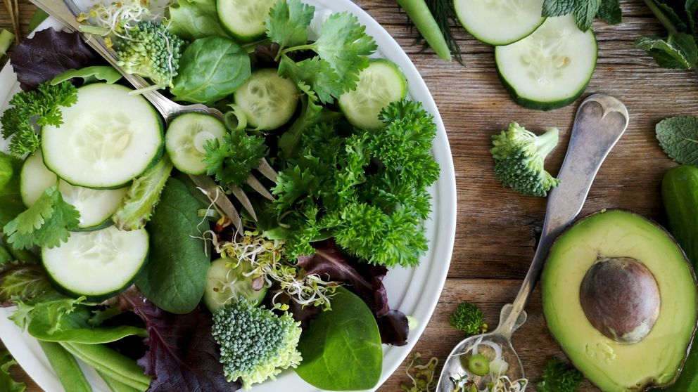 Alimentos hipocalóricos que no pueden faltar en tu dieta si quieres adelgazar