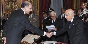 Foto: Passera, el banquero que renuncia a 3,8 millones anuales para 'rescatar' a Italia