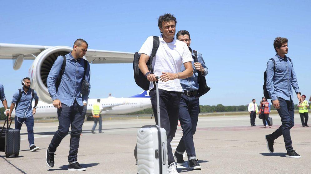 Foto: Luis Enrique, a la llegada del Barça a Berlín (EFE)