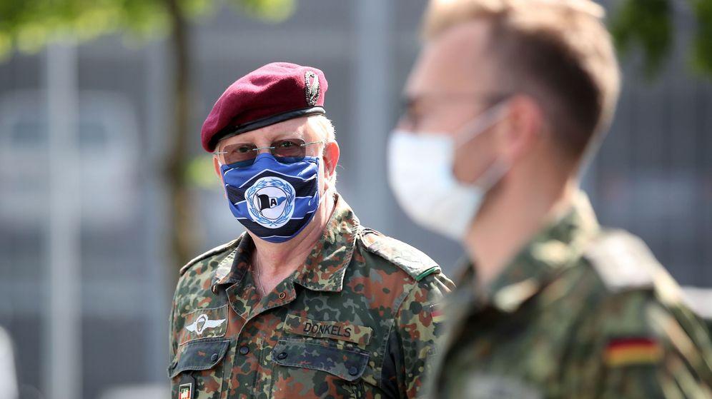 Foto: La armada alemana ayuda a las tareas de control. (EFE)