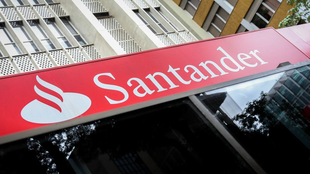 Foto: Imagen de una sucursal de Banco Santander. (EFE)