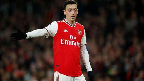 Ozil, siete meses sin jugar, amenaza con convertirse en el 'caso Bale' de Arteta
