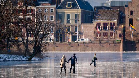 Patinaje en La Haya y preparativos para San Valentín: el día en fotos