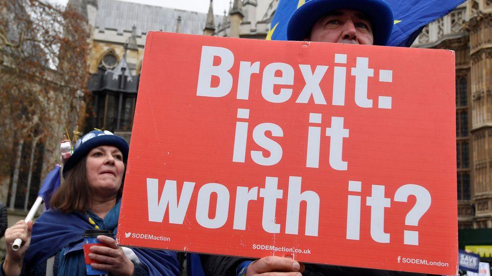 Foto: Protesta contra el Brexit frente al Parlamento británico. (Reuters)
