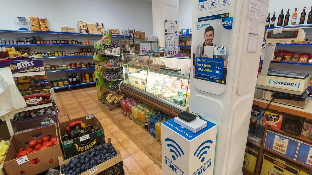 Contrata fibra en la tienda del barrio: la teleco rumana que triunfa entre españoles