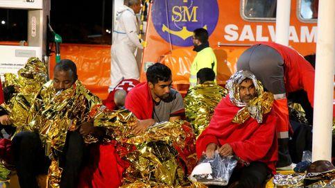 Al menos tres muertos y 10 desaparecidos en una patera a la deriva en Melilla