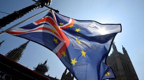 El Brexit cumple tres años con la libra por los suelos y la bolsa por los aires