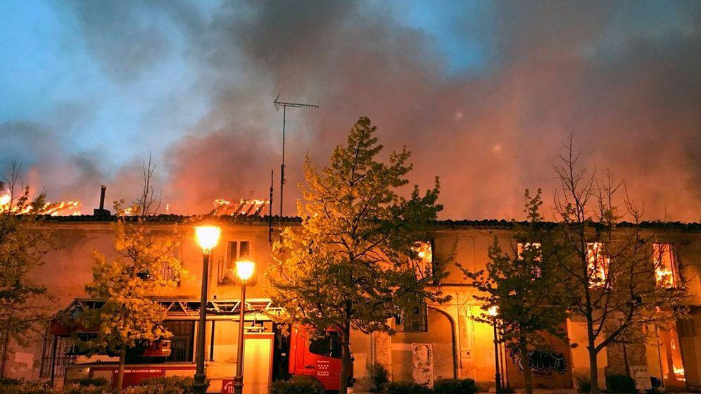 Foto: Incendio en el Palacio de Osuna de Aranjuez, que está abandonado | EFE