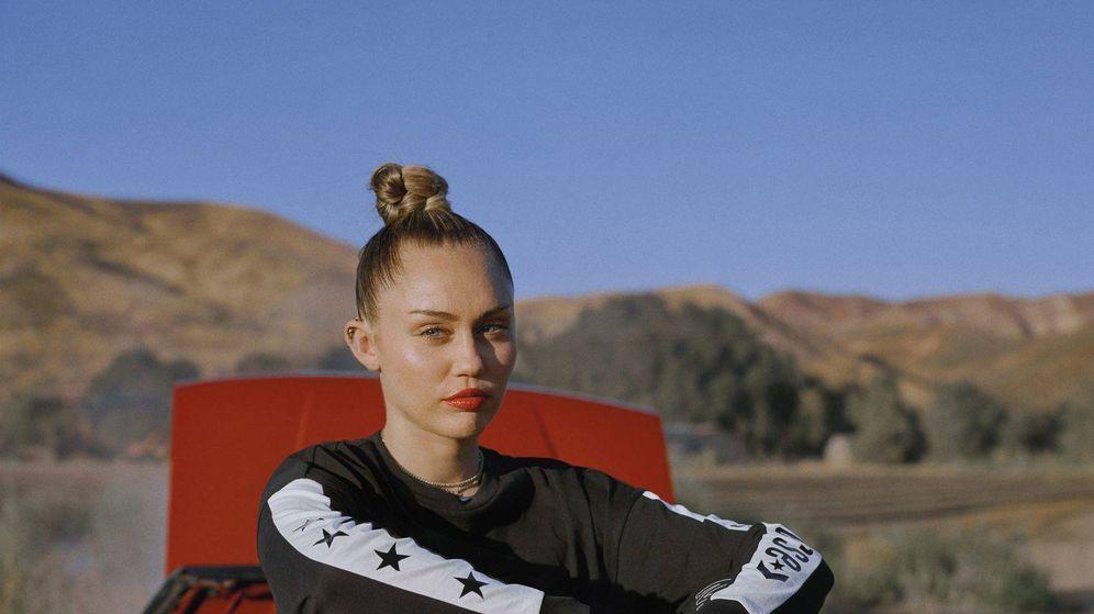 Foto: Miley Cyrus. (Bershka y Camper)