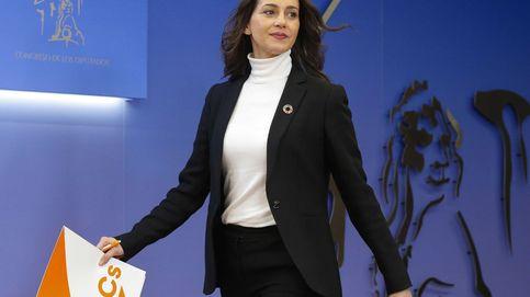 Arrimadas desgrana su vía ante Sánchez: PGE pactados y reforma de la Loreg