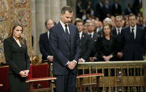 Los Príncipes arropan a las 79 familias rotas en Santiago