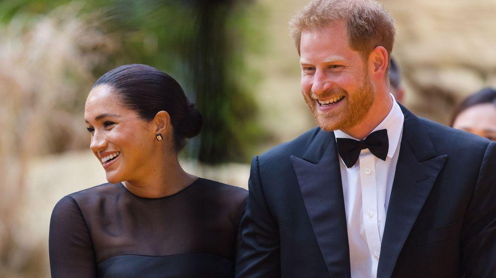 Foto: Los duques de Sussex, en el estreno de 'El rey león'. (Reuters)