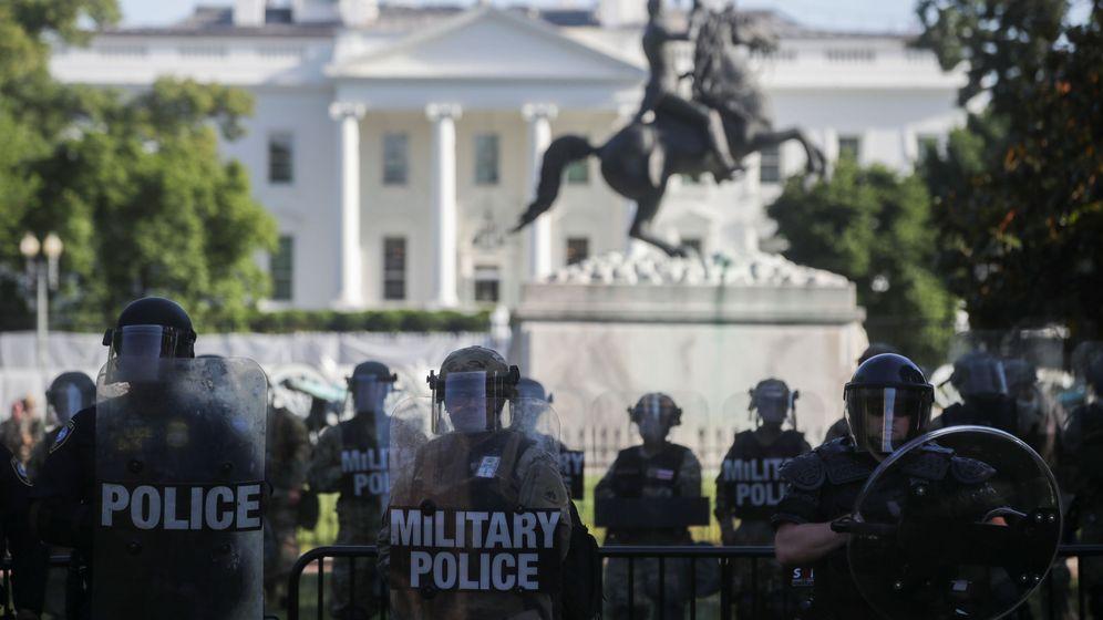 Foto: La Guardia Nacional, frente a la Casa Blanca. (Reuters)
