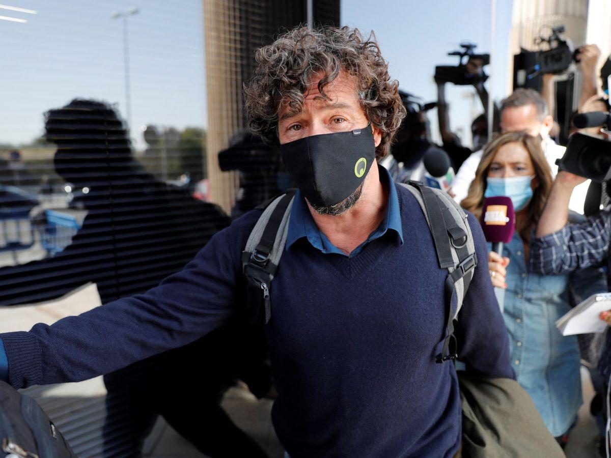 Foto: Nacho Palau, expareja de Miguel Bosé, durante la vista oral. (EFE)