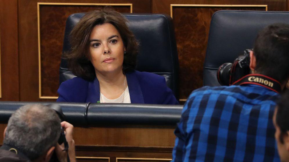 Foto: La vicepresidenta del Gobierno, Soraya Sáenz de Santamaría, en el Congreso (EFE)