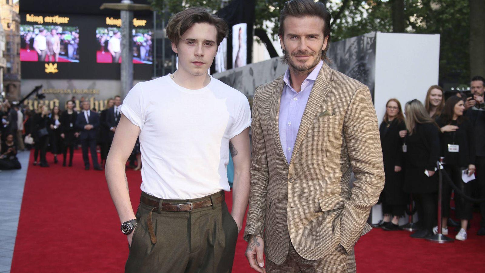 Foto: Padre e hijo. Los Beckham saben, y mucho, de moda y tendencias. (Gtres)