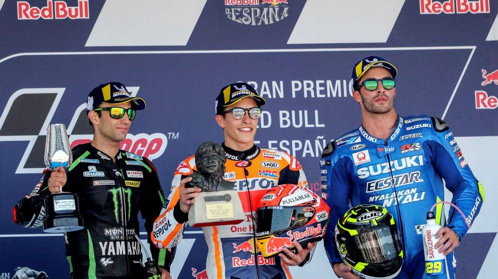 Foto: El podio de MotoGP en el GP de España: Zarco (2º), Märquez (1º) y Iannone (3º). (EFE)