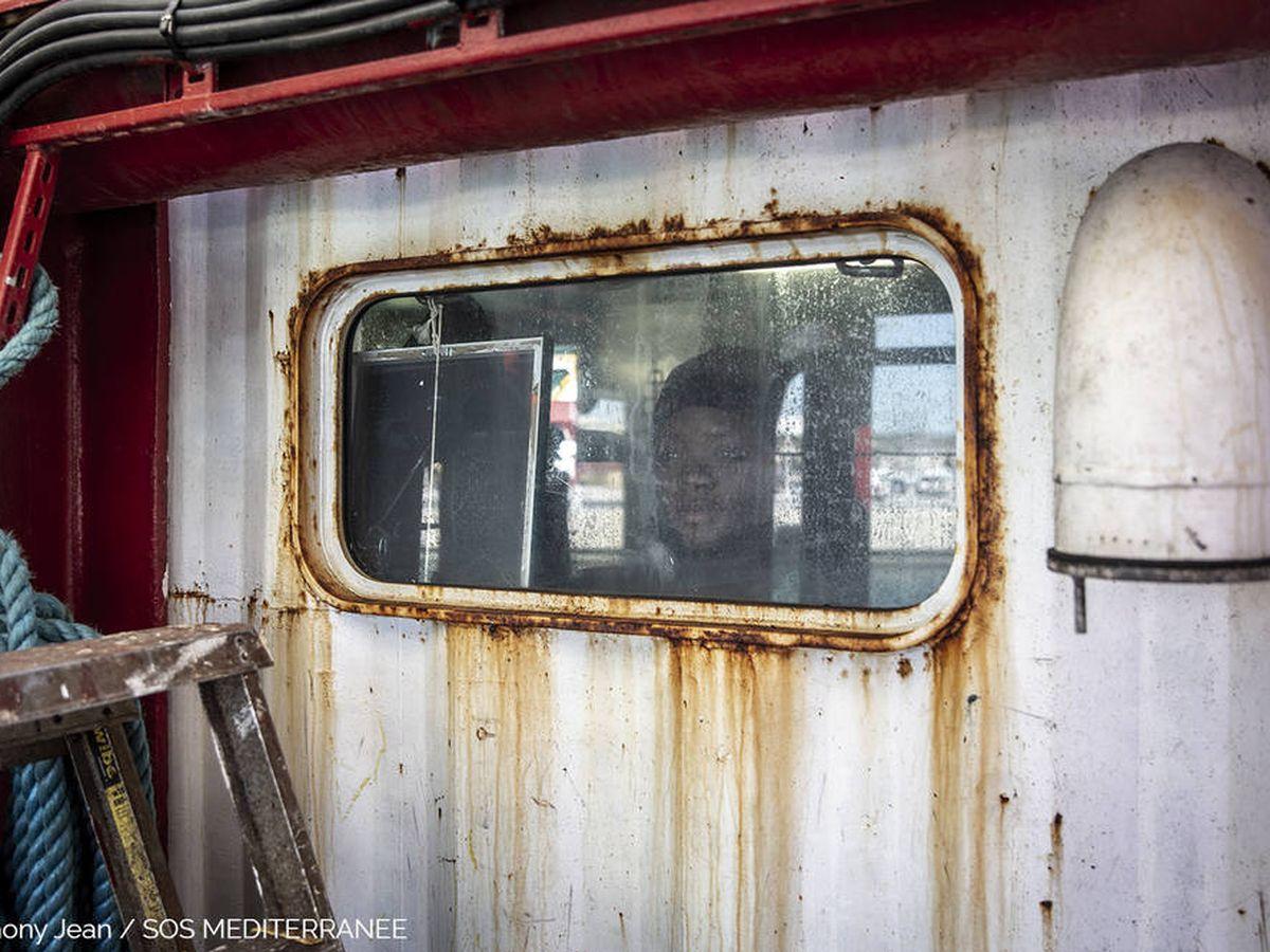 Foto: Una persona en cuarentena Foto: Anthony Jean/SOS Méditerranée)