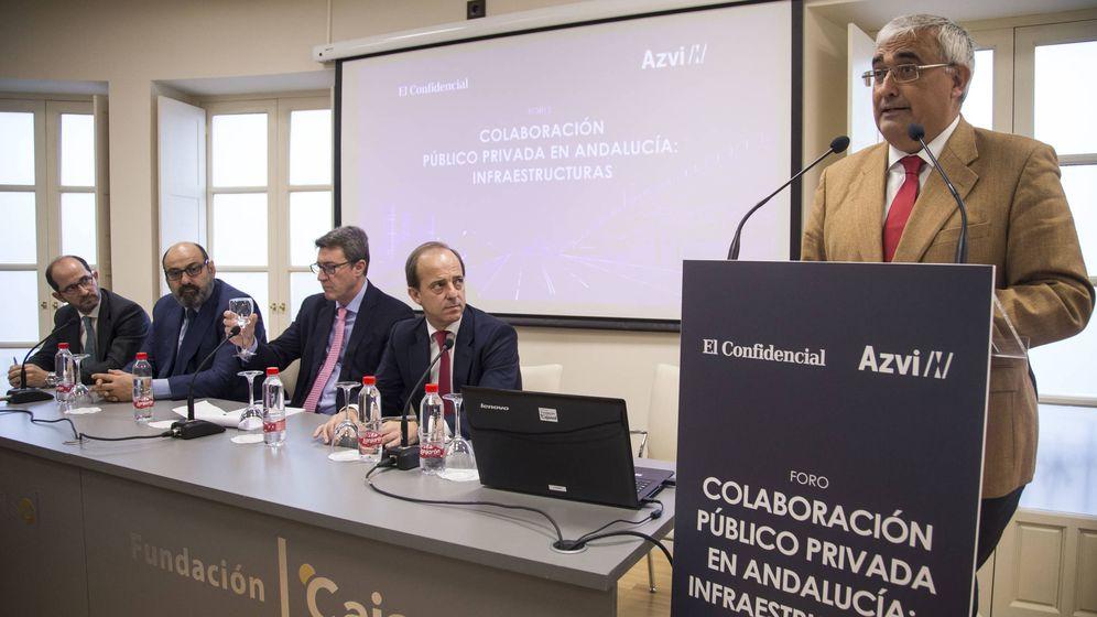 Foto: El consejero de Economía Antonio Ramírez de Arellano inaugurando el Foro 'Colaboración público privada en Andalucía: Infraestructuras'. Foto Fernando Ruso