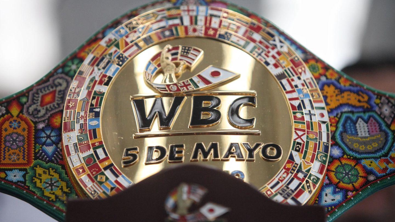 Vista del cinturón que se disputarán el 'Canelo' y Chávez. (EFE)