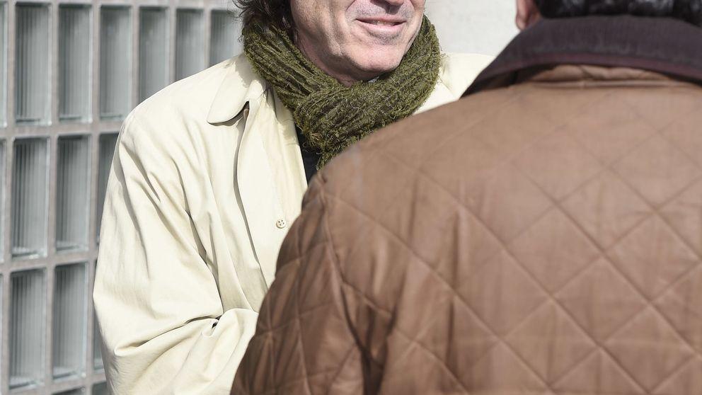 Compañeros y amigos dan su último adiós al periodista Gaspar Rosety
