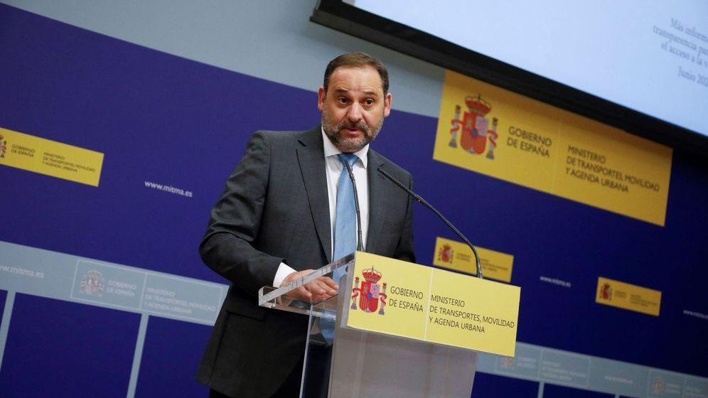 Foto: El ministro de Transportes, Movilidad y Agenda Urbana, Jose Luis Ábalos, durante la presentación del sistema estatal de índices de referencia de precios del alquiler. (EFE)