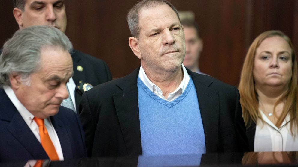 Harvey Weinstein, acusado formalmente de violación y agresión sexual