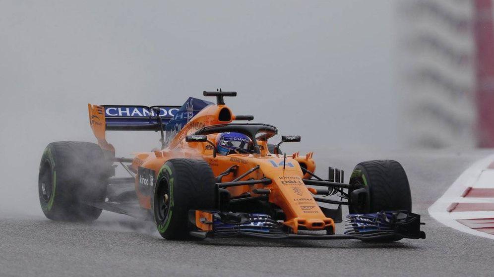 Foto: Fernando Alonso durante los Libres 1 del GP de Estados Unidos. (Twitter: @McLarenF1)
