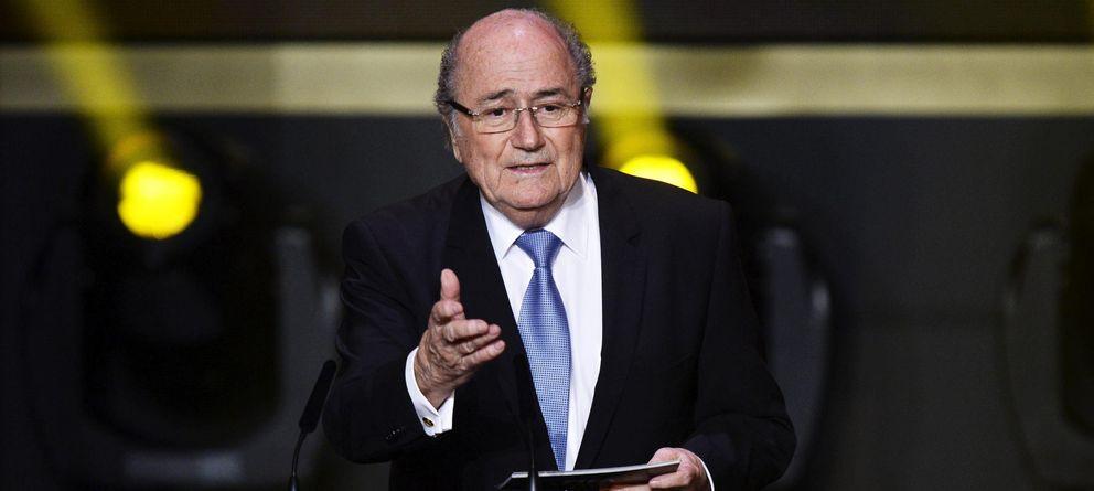 Foto: Joseph Blatter apoya los fondos de inversión en el mundo del fútbol (EFE)