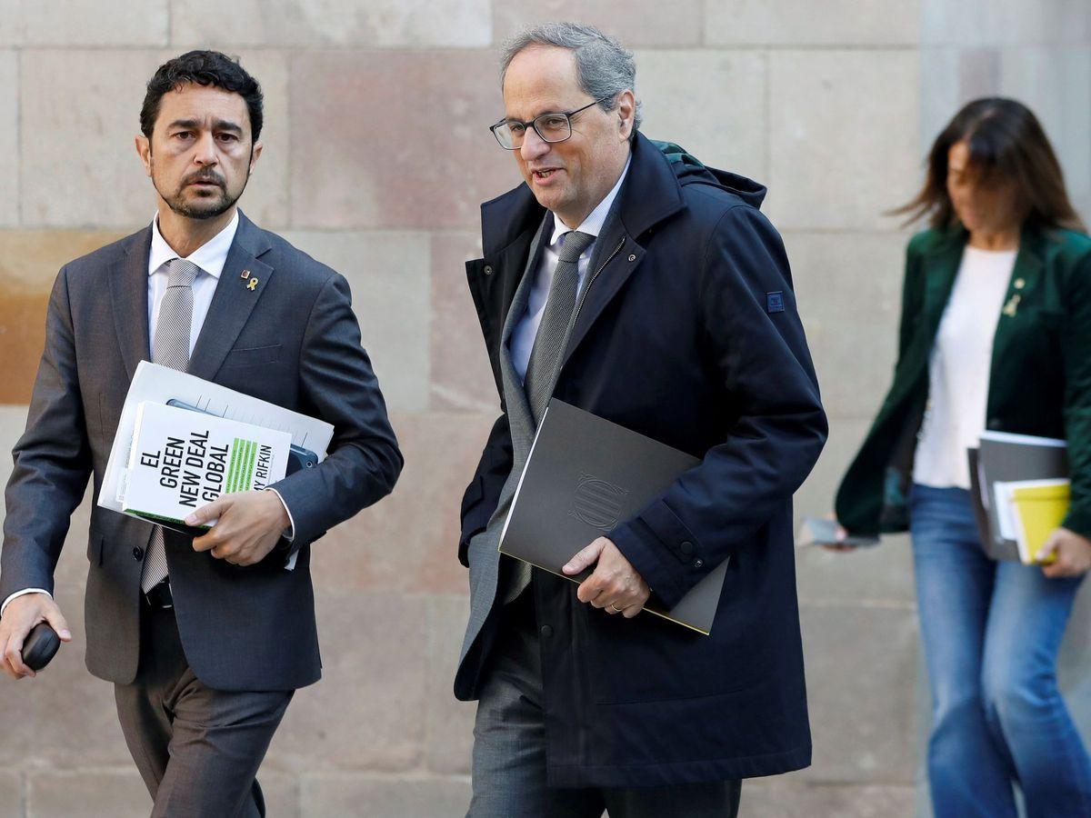 Foto: Damiá Calvet (i), junto a Quim Torra, presidente de la Generalitat. (EFE)