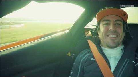 La divertida entrevista de Fernando Alonso a su jefe en un McLaren