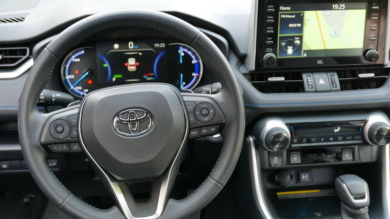 Las mejores imágenes del Toyota RAV4 4x2.