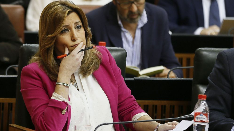 Foto: La presidenta de la Junta de Andalucía, Susana Díaz, durante la sesión de control al Gobierno. (EFE)