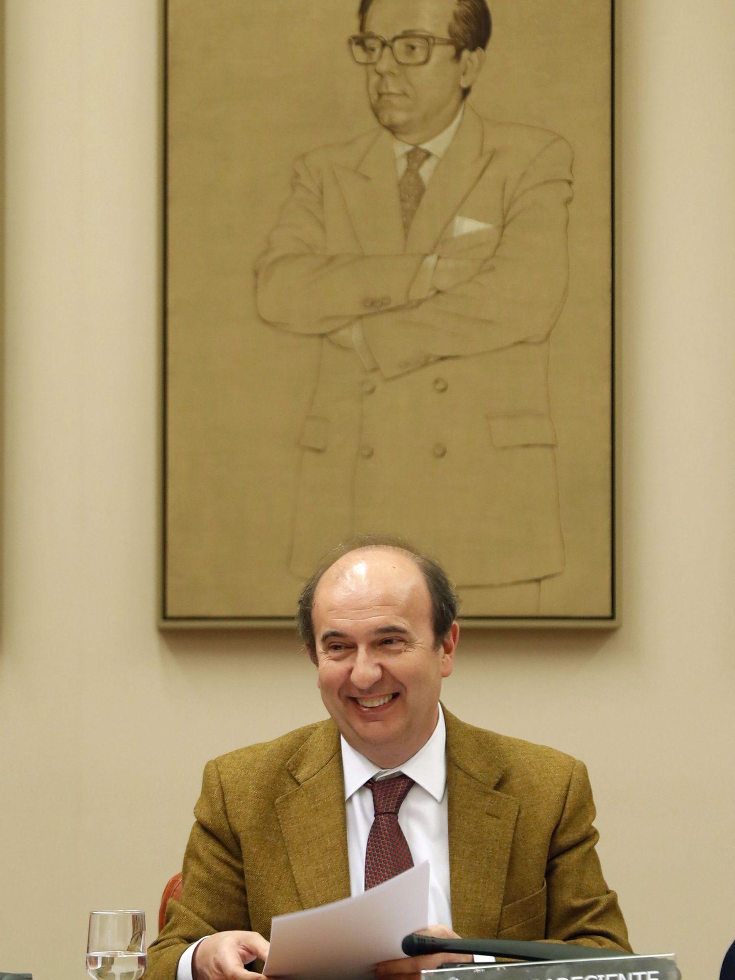 El presidente del CIS, Cristóbal Torres, el pasado abril de 2017 en el Congreso. (EFE)