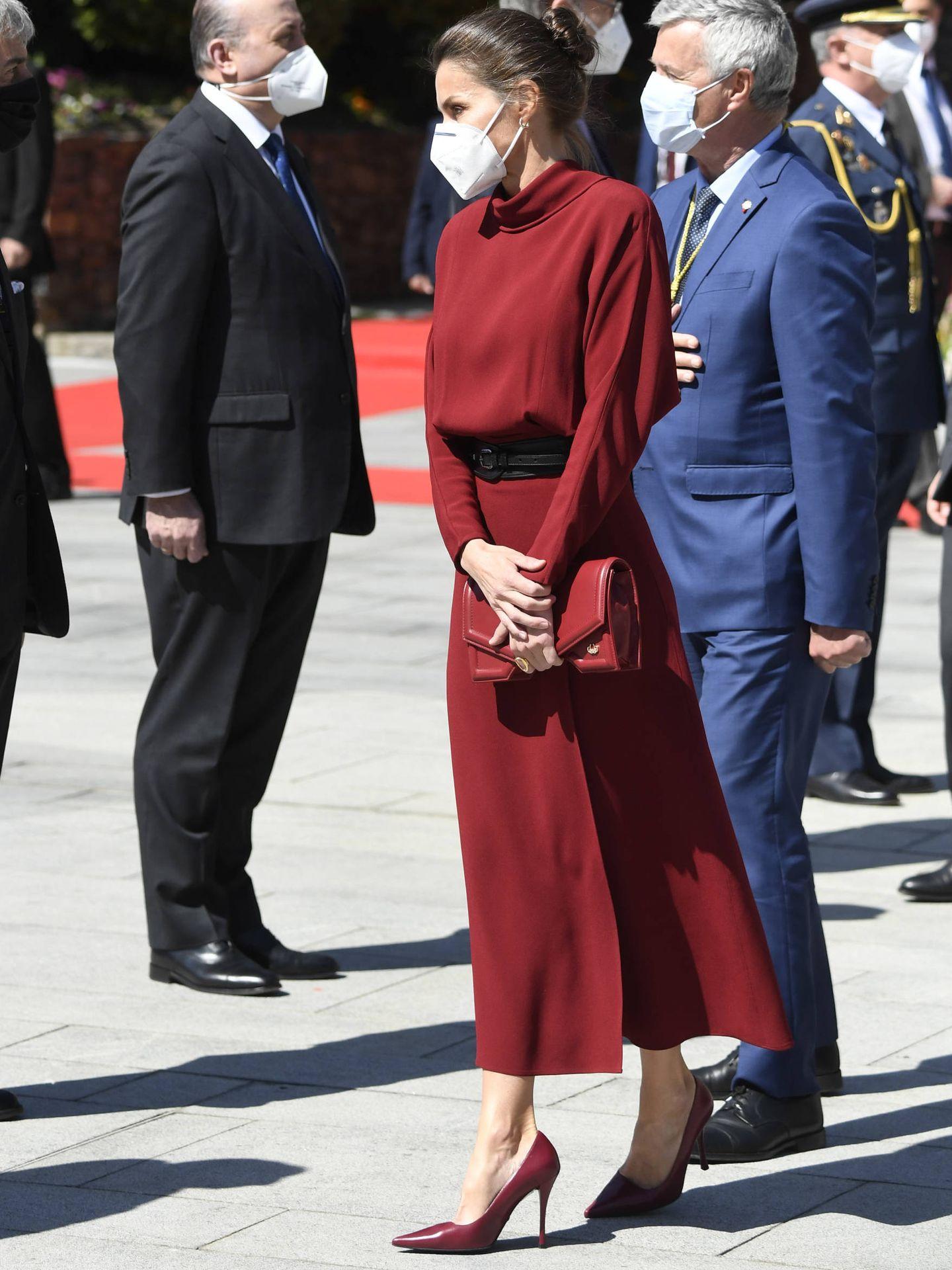 La Reina, a su llegada al principado. (LP)