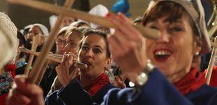 Post de El alcalde de San Sebastián pone fin a 30 años de ausencia a la cena previa de la tamborrada