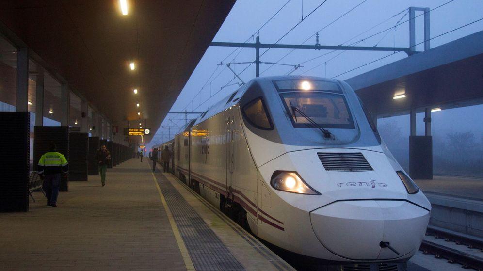 Foto: Turismo alta velocidad (Efe)